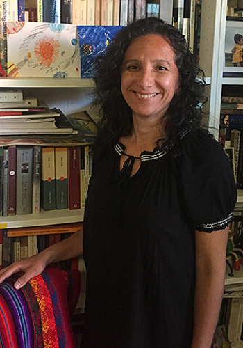 JMS Welcomes Seasoned Bilingual Journalism Professor this Fall