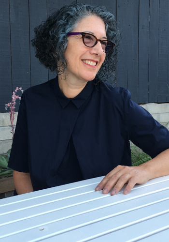 School of Art + Design Professor Wins Illustrious Education Award from Smithsonian Gallery Group
